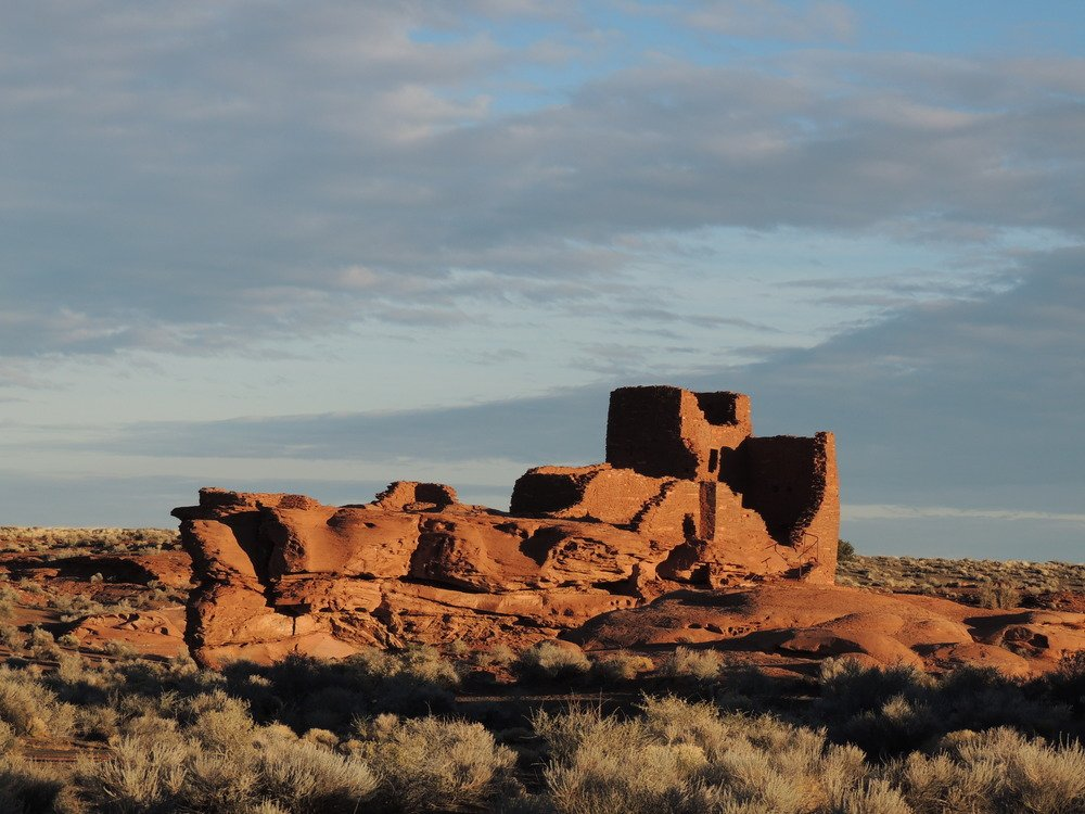 A view of Wukoki pueblo on the plains at Wupatki National Monument