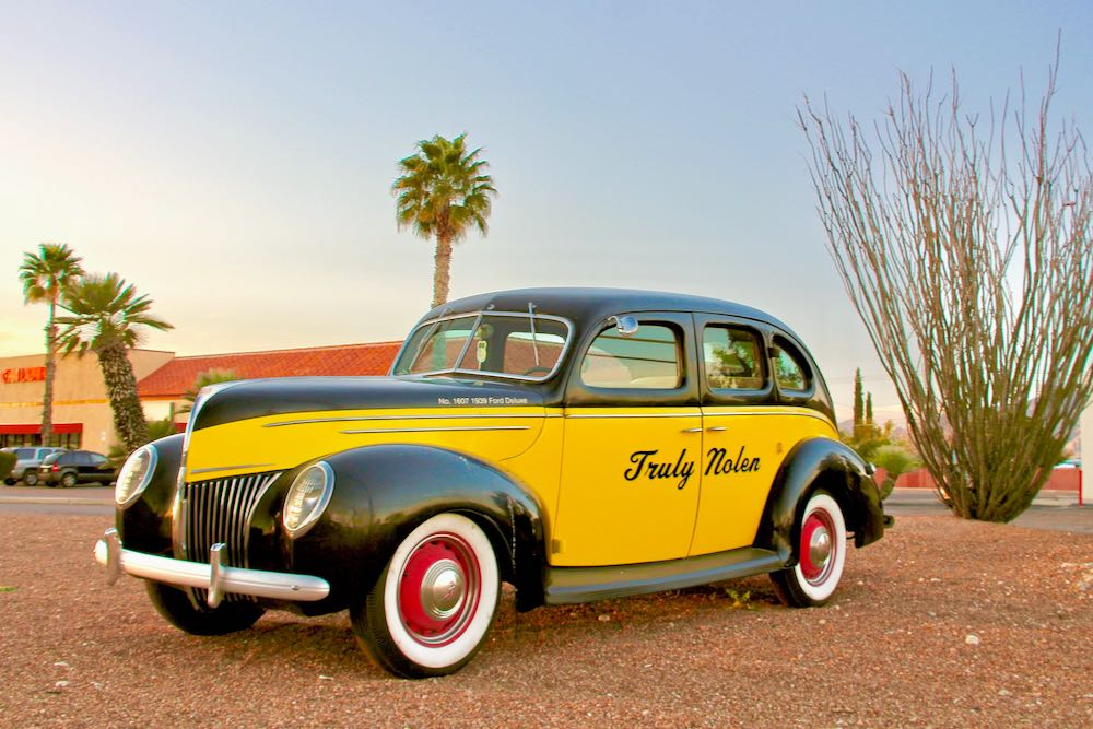 1939 Ford Deluxe Truly Nolen classic car